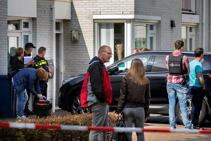 Een arrestatieteam van de politie deed in april 2018 een inval in een woning aan de Aagje Dekenstraat in Schijndel. De doorzoeking van het huis was onderdeel van het onderzoek naar de liquidatie van de 26-jarige Daan Hoefs.