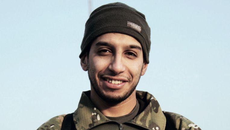 Abdelhamid Abaaoud, afgelopen februari in IS-glossy Dabiq. Beeld Dabiq