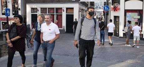 Aantal Amsterdamse coronabesmettingen in twee weken tijd verdriedubbeld