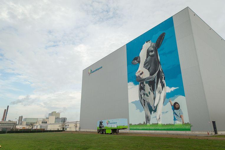 De fabriek van FrieslandCampina in Aalter, België. Beeld BELGA