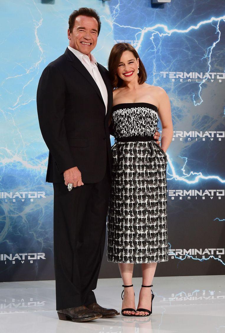 Arnold Schwarzenegger en Emilia Clarke bij de Europese première van Terminator Genisys. Beeld ANP