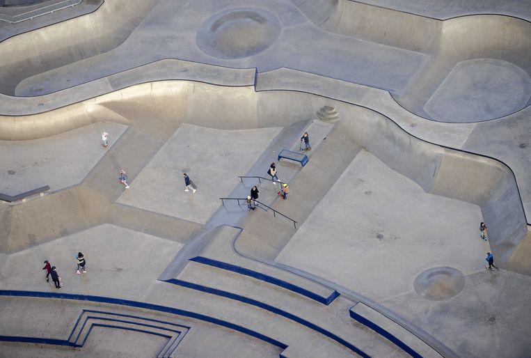 Skatepark op Zeeburgereiland. Het nieuwe sportcomplex in Zuidoost moet ook een plek worden om te kunnen skaten. Beeld ANP
