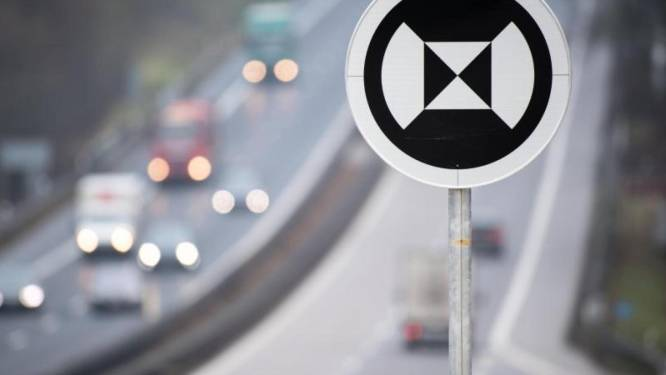 Wat betekenen deze onbekende borden langs Duitse snelweg?