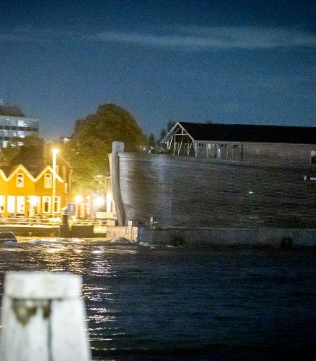 Ark van Noach is na urenlange vaartocht weer in Sliedrecht