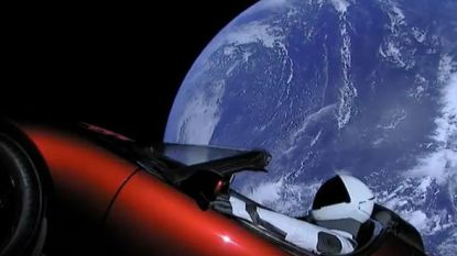 Elon Musks ruimte-Tesla is een mogelijke bacteriebom
