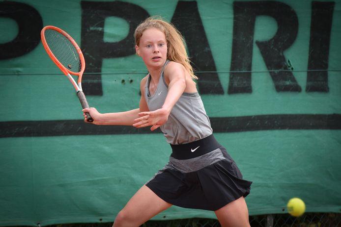 Yana Meermans staat deze week zowel op TC Mol als op TC Molenbos in Nijlen in kwartfinale in de topreeks van de vrouwen.
