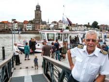 Pontjes in regio gaan stuk voor stuk uit de vaart, behalve in Deventer: 'Wij kunnen veel water aan'