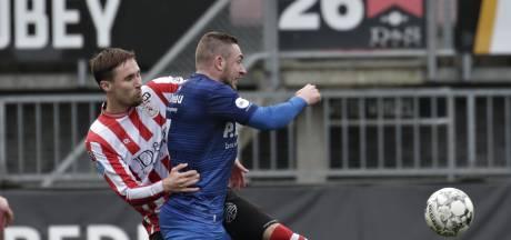 Levi Bouwense slaat na teleurstellende tijd bij Almere City een nieuwe weg in