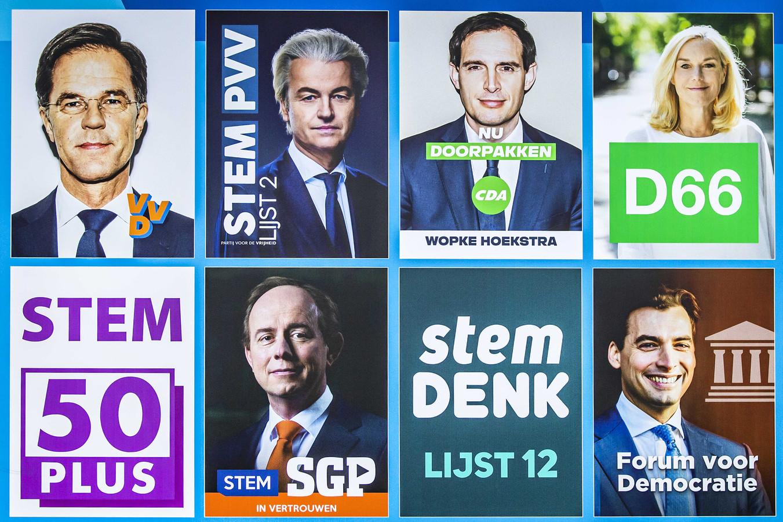 Een verkiezingsbord voor de Tweede Kamerverkiezingen op het Buitenhof. De verkiezingen vinden plaats op 17 maart.
