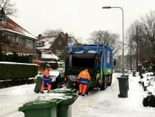 Afval in Arnhem en Rheden wordt vanwege gladheid niet opgehaald; Geen probleem in Renkum
