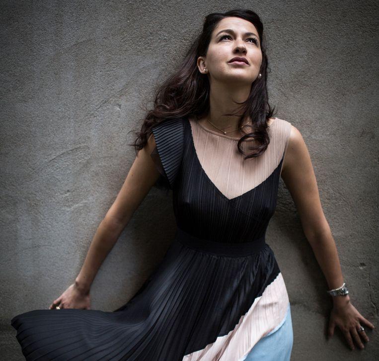 Zineb El Rhazoui: 'God moet wel een kerel zijn'. Beeld Julius Schrank