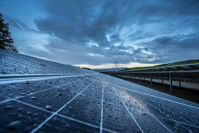 Omwonenden voelen niets voor de aanleg van het zonnepark Enterveen langs de N347.
