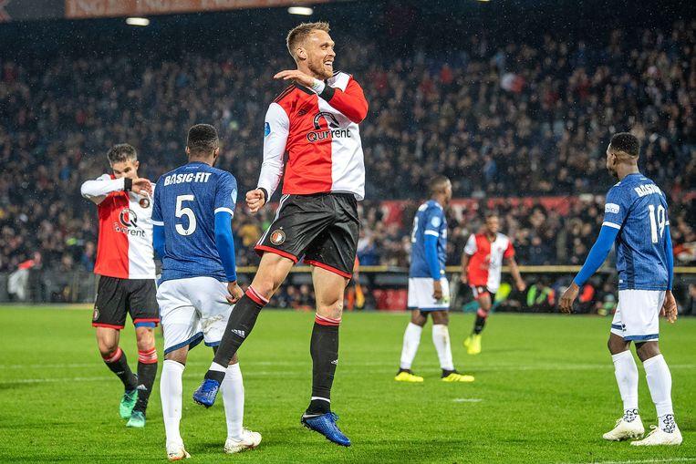 Nicolai Jørgensen jucht. Hij heeft Feyenoord met zijn tweede treffer op een 3-1-voorsprong gezet. Beeld null