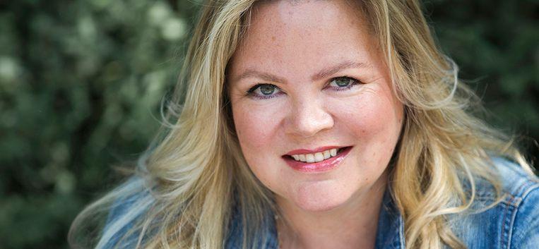 """Sylvia Witteman: """"Waarom behandel ik mijn wasgoed alsof ik in een sloppenwijk woon?"""""""
