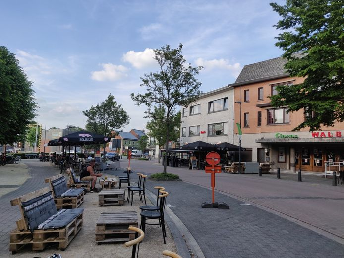 De Kerkstraat in Hamont