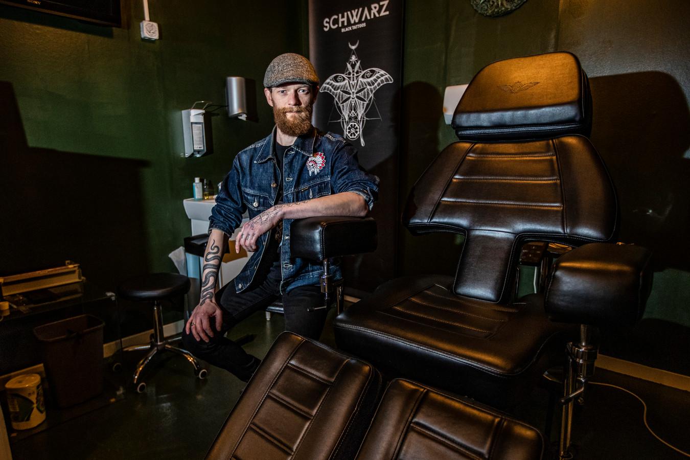 Tattooshop Grey Moon Tattoo in Deventer is er klaar voor om vanaf morgen weer aan de slag te gaan.