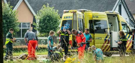 Voetganger raakt ernstig gewond na aanrijding op N229 bij Cothen
