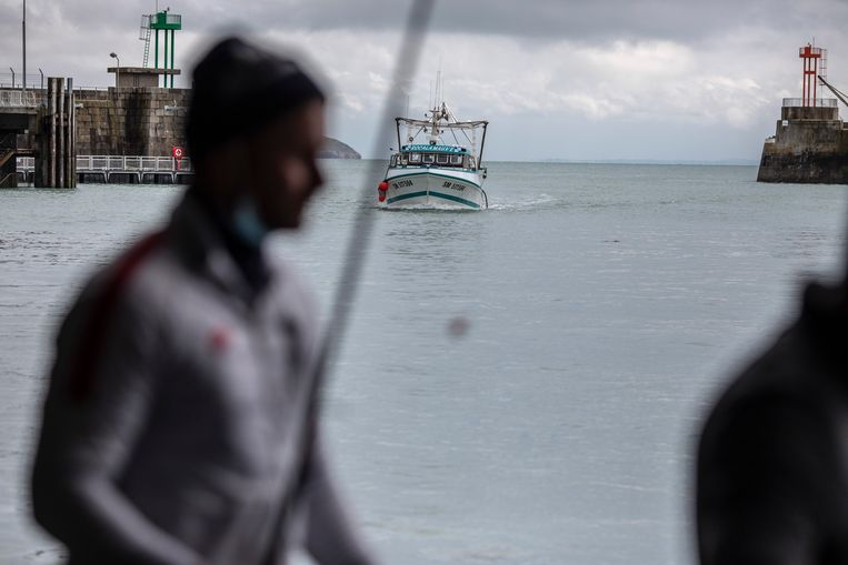 Franse vissersboten keren terug na de blokkade. Beeld Getty Images