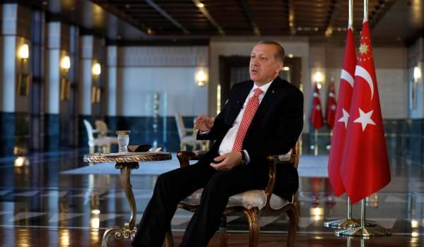 Turkije licht meer dan duizend Gülenaanhangers van hun bed