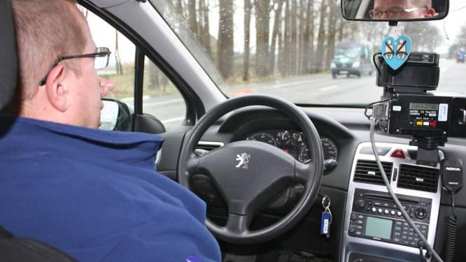 Bestuurder rijdt met 118 kilometer per uur in zone zeventig