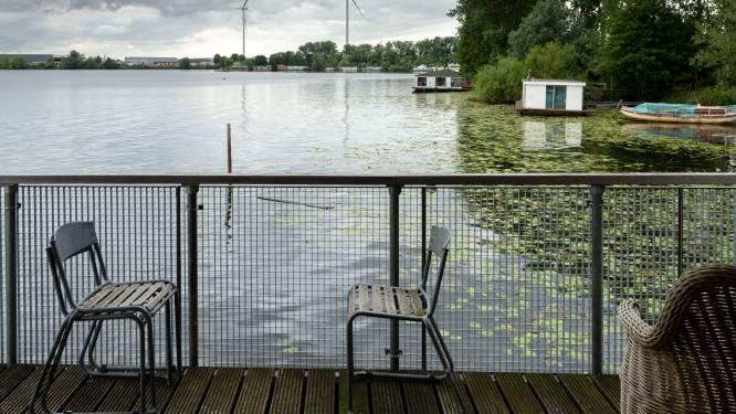 Woonbootbewoners Ertveldplas móeten kiezen: 'Maar eigenlijk wil iedereen hier blijven'