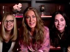 Jennifer Aniston, Courteney Cox et Lisa Kudrow réunies lors des Emmy Awards