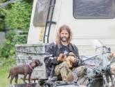 Deze rattenvanger zou het liefst zijn motor in de woonkamer stallen, maar 'dat wil mijn ex niet'
