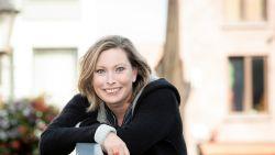 """Het leven van Roos Van Acker speelt zich nu naast de camera's af: """"Mijn persoonlijk leven is zoveel rijker geworden, en dat was nodig"""""""