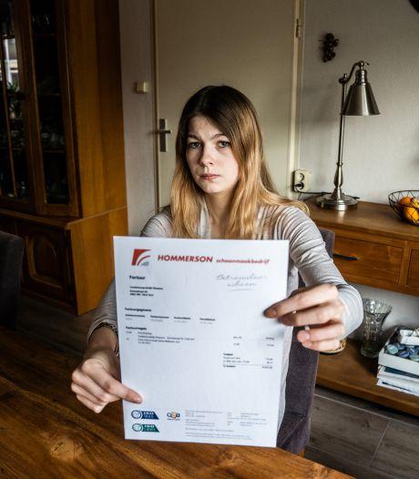 Jessica (23) kreeg rekening voor bevalling in tandartsenpraktijk, politie betaalt: 'Bizar dat ze dit durfden te sturen'