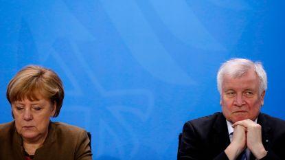 """Binnenlandminister Seehofer uit kritiek op """"controlecentra"""" van Merkel: val Duitse regering in zicht?"""