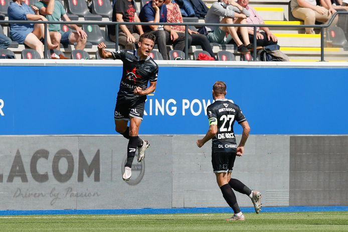 Jelle Vossen viert de 0-1.