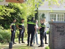 Bewoonster gewond bij woningoverval in Arnhem