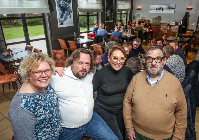 Het ijzersterke team achter restaurant Terminus bestaat nu uit Carlien Pruvost , Pieter Verheyde , Kathleen Vanderbeke en Robert Verheyde.