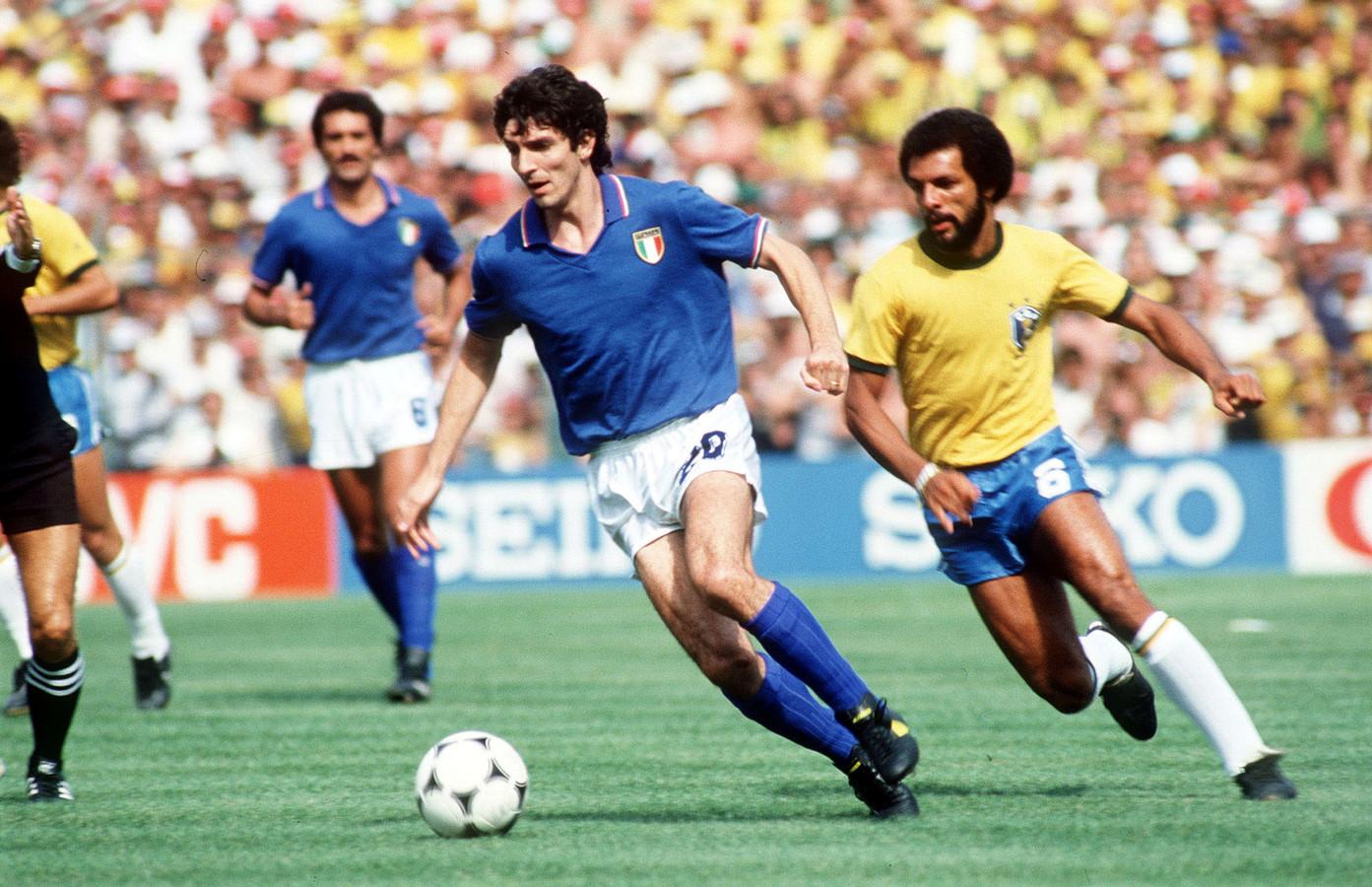 Paolo Rossi draait weg bij Junior.