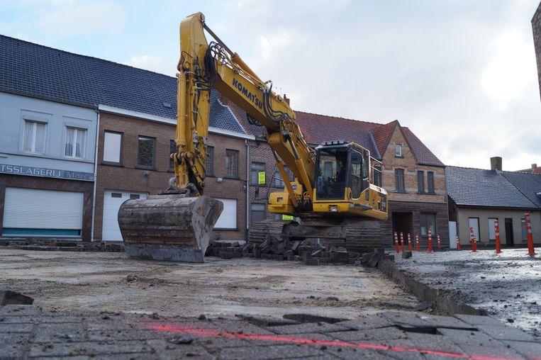 De werken in de Hogestraat, de Schoolstraat en de Kleine Stadenstraat gaan stilaan de laatste fase in.