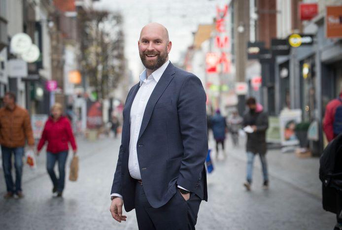 Boaz Adank is door de leden van de VVD in Breda verkozen tot lijsttrekker bij de gemeenteraadsverkiezingen van 2022.