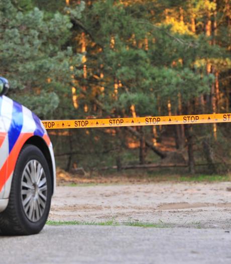 Twintig vaten met vermoedelijk drugsafval gedumpt in Oud Gastel