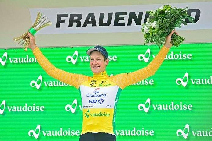 Stefan Küng endosse le premier maillot jaune du Tour de Suisse 2021.