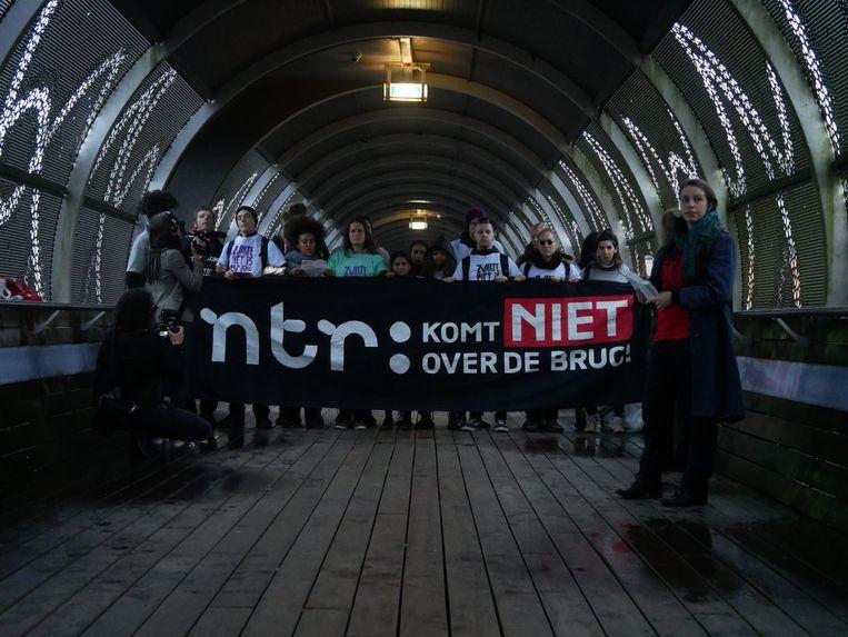Demonstratie tegen het Sinterklaasjournaal.