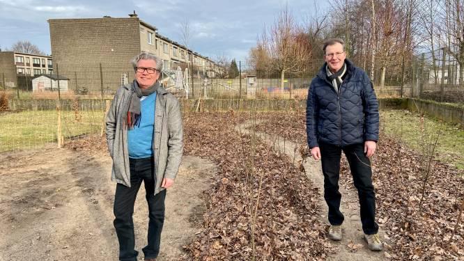 """Tweede Schotens mini-bos aangeplant in wijk Deuzeld: """"Een natuurlijke buffer én een educatieve buitenklas"""""""