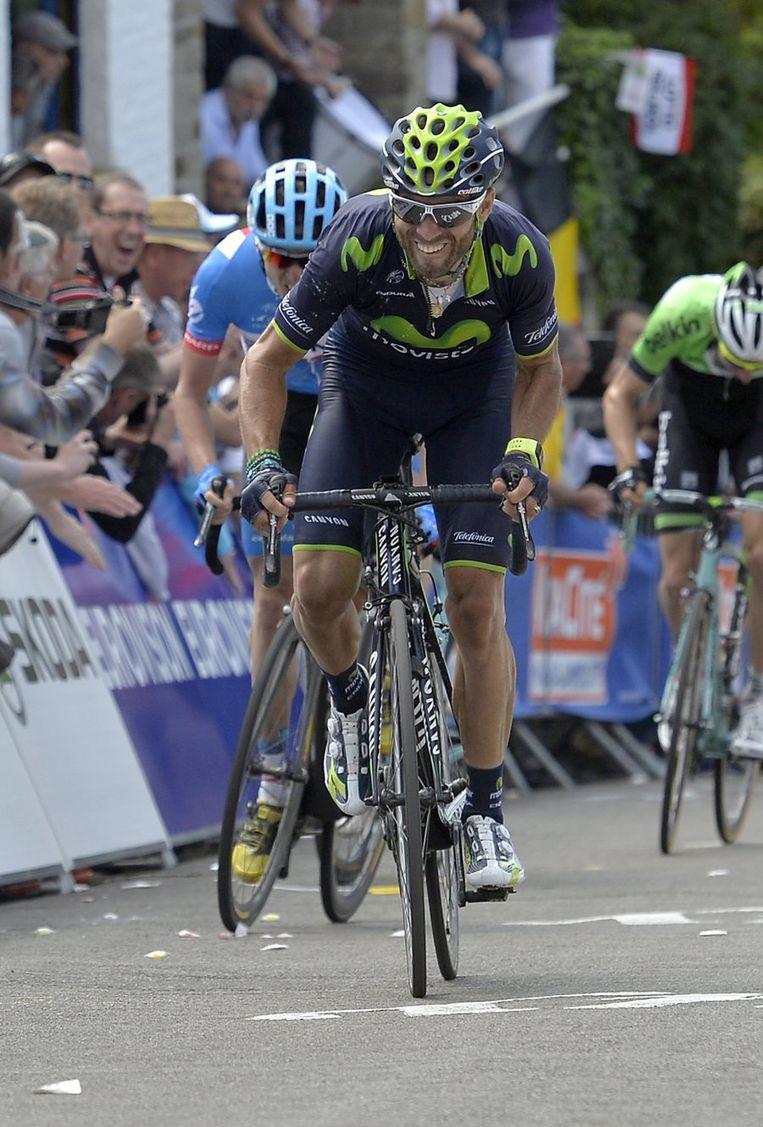 Alejandro Valverde remonteerde in de laatste 150 meter vlot Daniel Martin Beeld PHOTO_NEWS