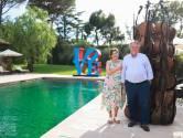 """Tot zijn 16de naar school, maar nu heeft Guy Pieters landgoed in Saint-Tropez: """"17 jaar lang weduwe gepaaid opdat ze haar villa zou verkopen"""""""