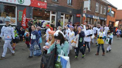 Carnavalsstoet Bezembinders: met confetti, zonder alcohol