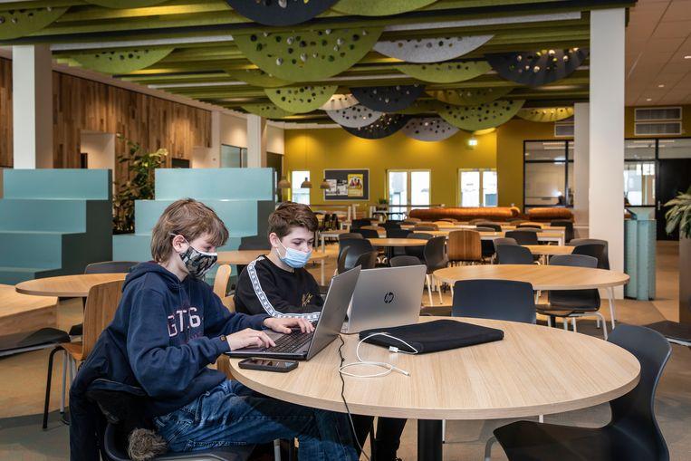 Havo-vwo-school Alasca op Zeeburgereiland. Beeld Dingena Mol