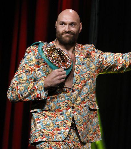 Persconferentie Fury-Wilder loopt uit de hand, staredown geschrapt: 'Je bent een zwakke man'