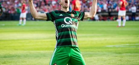 Feyenoord wint KNVB-beker mede dankzij prachtgoal Van Persie