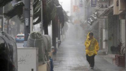 Minstens twee doden en honderden gewonden door tyfoon Trami in Japan