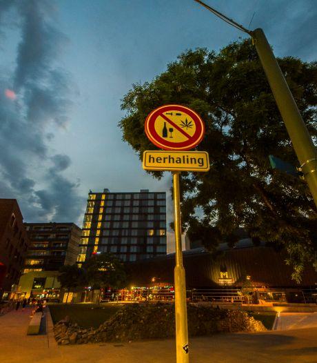 Groepsverbod blijft een wapen tegen de overlast rond het Wilminkplein in Enschede