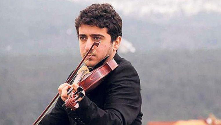 Nadat zijn studentenvisum twee keer was afgewezen, zag de jonge Baris Yazgi geen andere optie meer dan illegaal de overtocht naar Griekenland te wagen per boot. Beeld kos