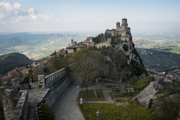 Uitzicht op het historische hart van San Marino. Beeld Nicola Zolin